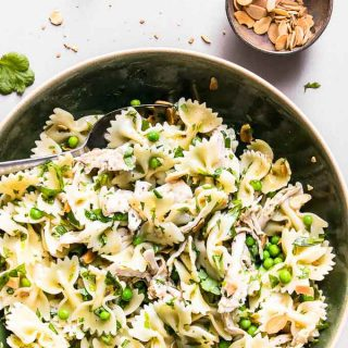 A quick and simple pasta salad that is perfect for healthy weeknight dinners.