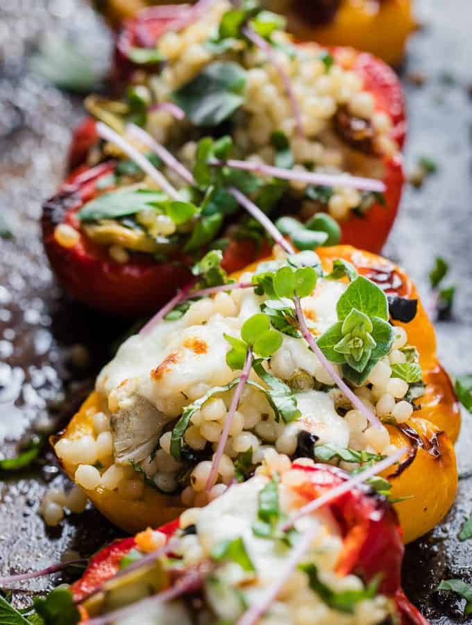Veggie stuffed bell peppers that are weight watchers friendly and ready in 20 minutes using store cupboard ingredients. | salted mint.com