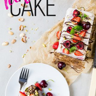 Two layers of creamy healthy ice cream, sandwiched together and topped with aaaaallllthe summer fruit and drizzled with some dark chocolate. Ice cream cake... we are so ready for you!