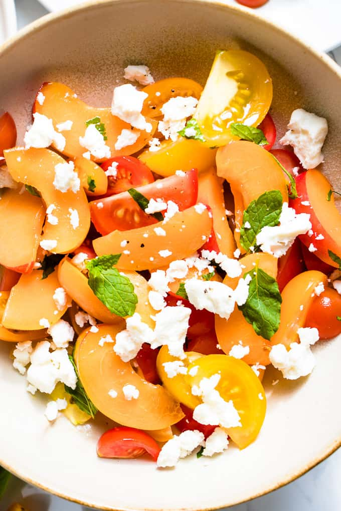 4 ingredients, 4 salads and all the juicy, sweet tomato perfection you can handle.