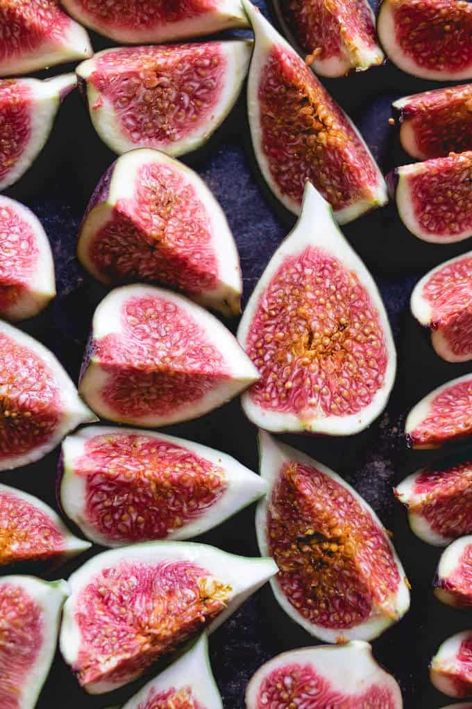These vanilla and honey baked figs are the perfect juicy, sweet fruit topping to any breakfast or dessert. Perfect on porridge, pancakes or ice cream. Super easy to make and last in the fridge all week.