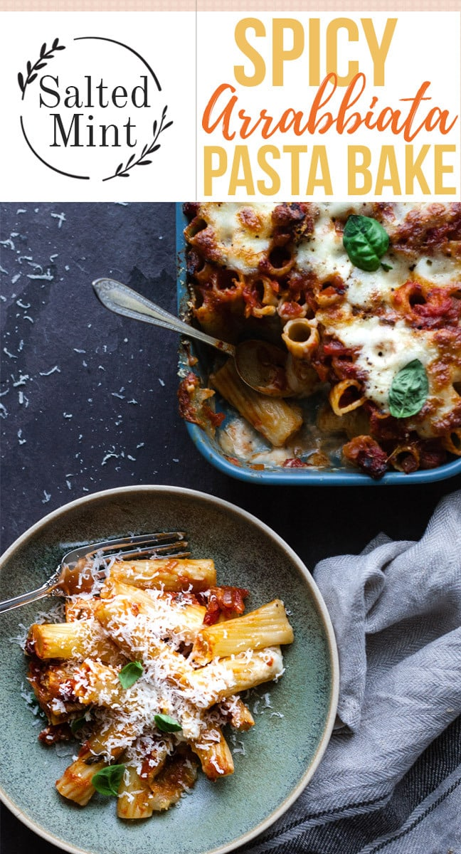 A cheesy, spicy tomato pasta bake is the perfect cozy weeknight dinner. #pasta #pastabake #healthyrecipe #easyrecipe #dinner