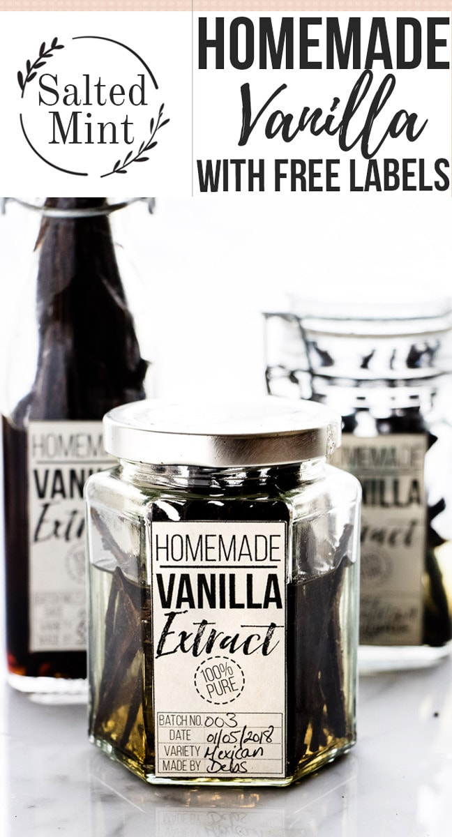 This easy vanilla extract make the perfect homemade gift for the holidays. Get some free labels to jazz it up too. #homemadegift #vanilla #sauce #sweet