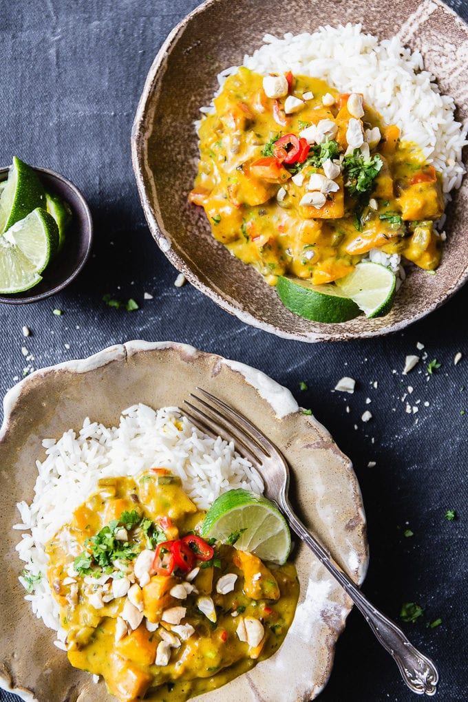 Easy Pumpkin Curry With Coconut Milk and Cashews
